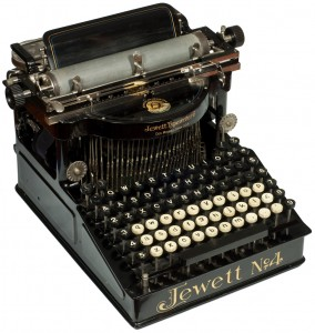 1897, Jewett 4 Duplex typewriter -  Courtesy of the Martin Howard Collection at antiquetypewriters.com
