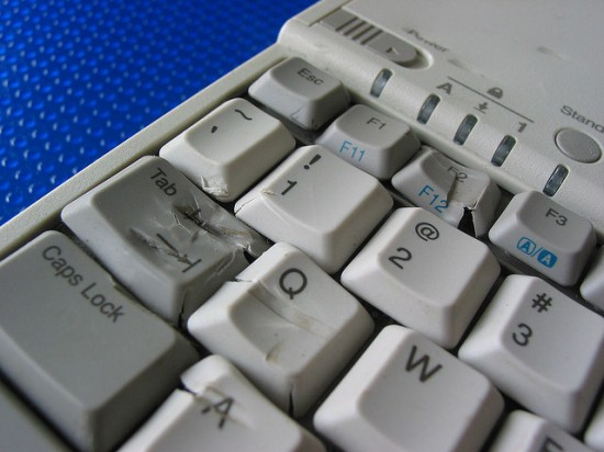 Do You Recognize These 3 Warning Signs You Need a New Keyboard? by Bree Brouwer for Das Keyboard