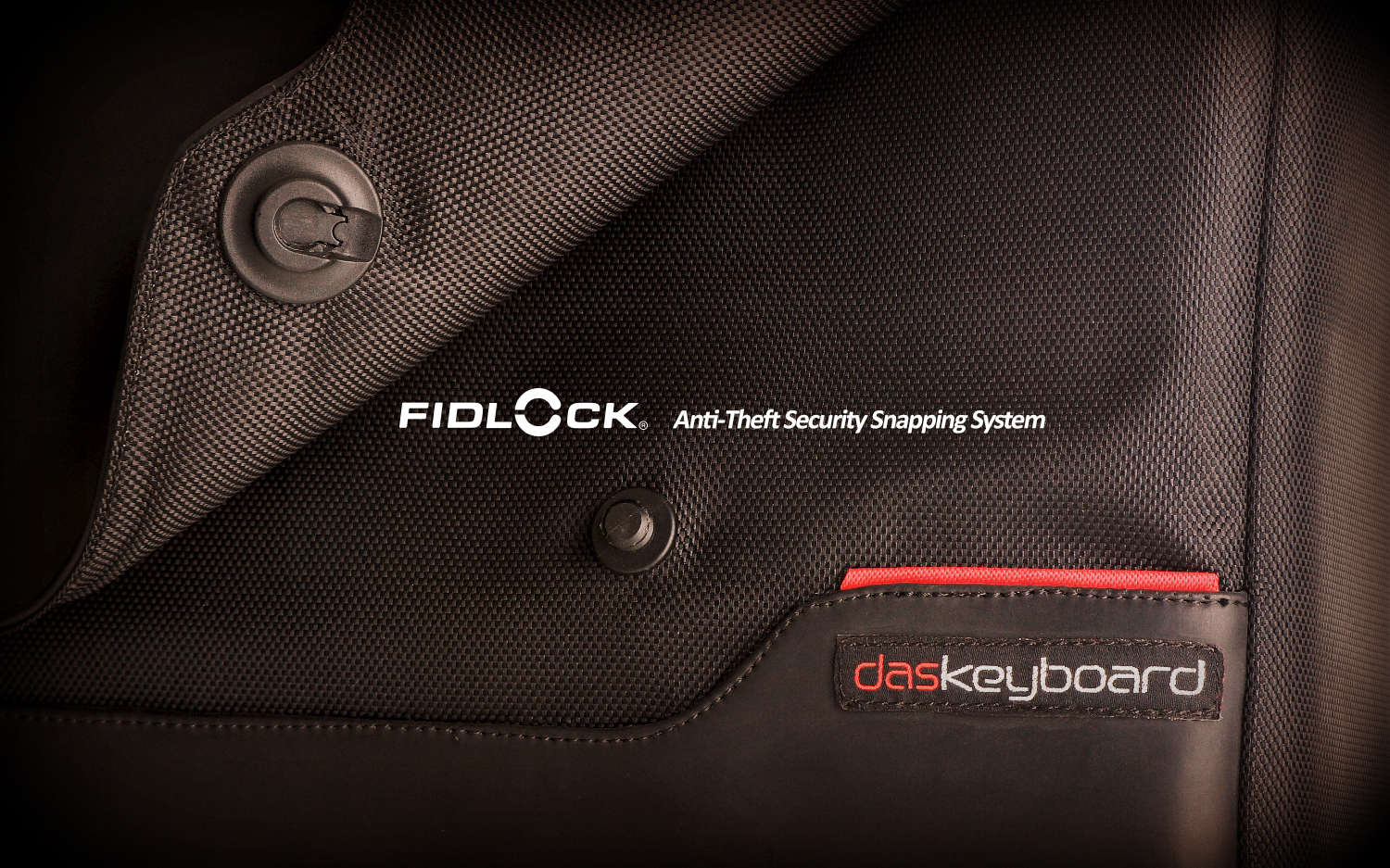 Hackshield Messenger bag fidlock